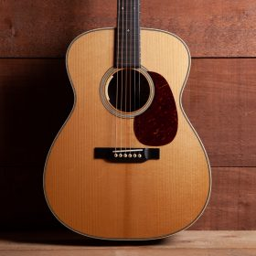 Acoustic Guitar - The Acoustic Shoppe