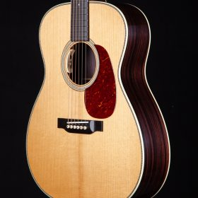 Bourgeois Guitars - Acoustic Guitar