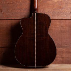 Coda Music - Eddie's Guitars Inc