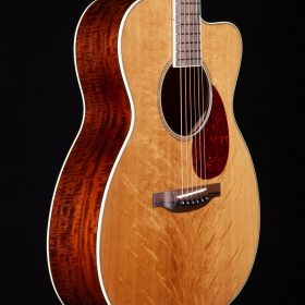 Blonde Bear Claw Sitka with Cherry Brazilian Rosewood Body & White Outline
