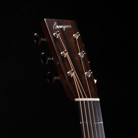Dark Brown Guitar Head & Turn Keys
