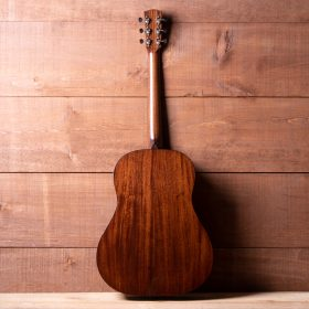 Eddie's Guitars Inc - String Instrument